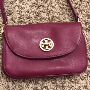 Nearly new Tory Burch crossbody bag